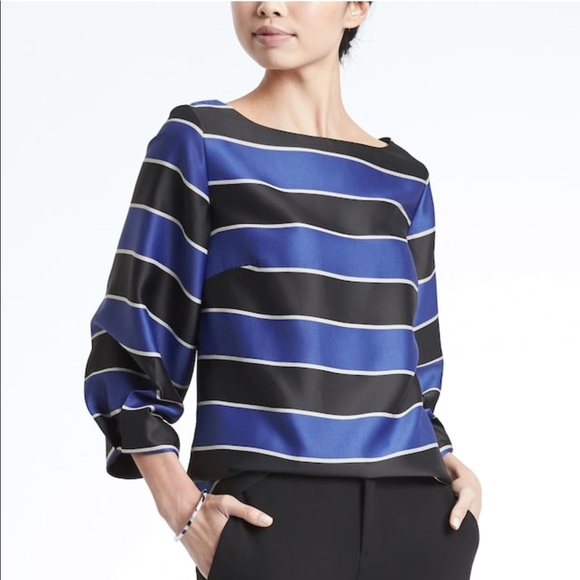 01c4b203e89408 Pleated-Sleeve Boat-Neck Top